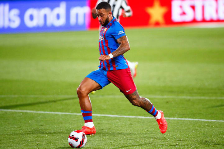 Barcelona reveal Memphis Depay & Sergio Aguero 2021/22 squad numbers –  Football Axis